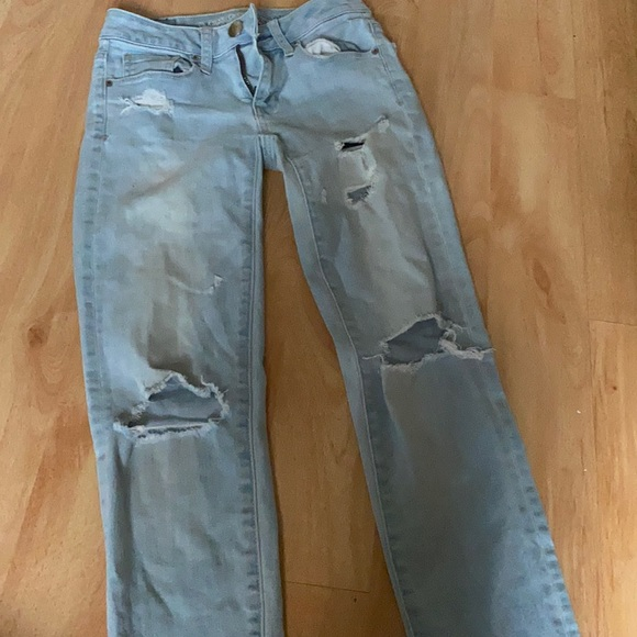 Barely worn American eagle jeans